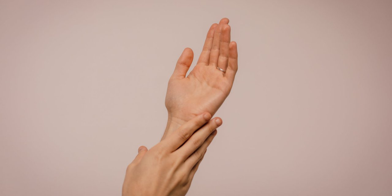 How to Look After Your Hands and Nails